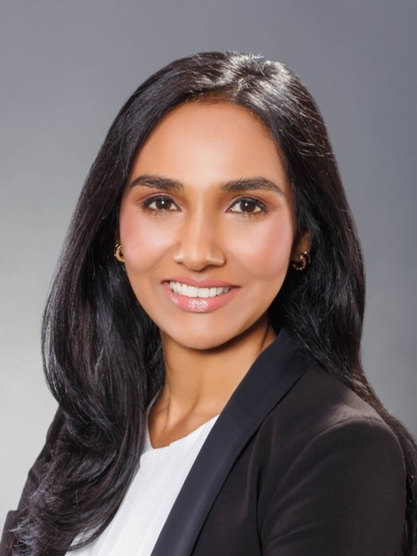 https://www.supernap.co.th/wp-content/uploads/2019/11/Sunita-Managing-Director.jpg